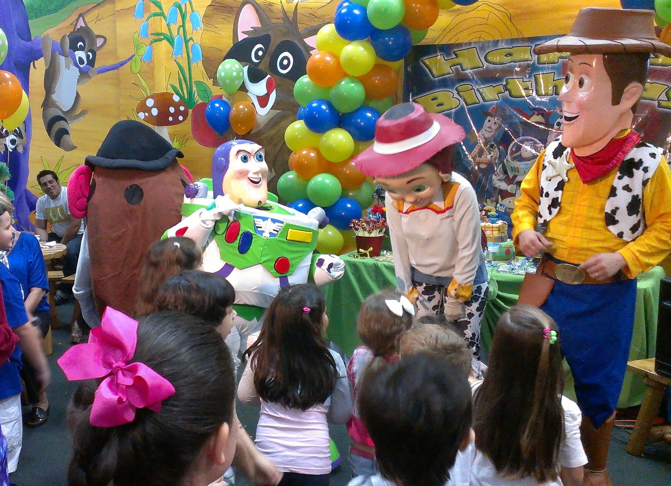Ideas para fiestas de ni os al estilo toy story - Decoracion fiestas infantiles para ninos ...