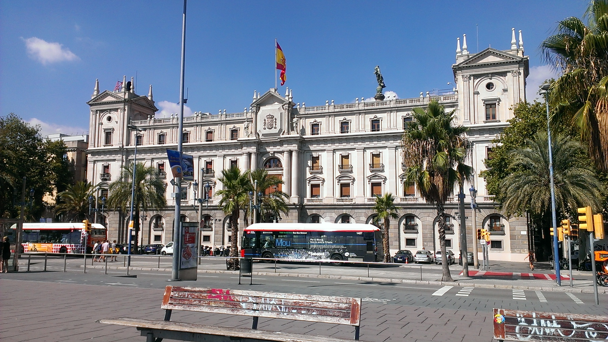 Barcelona espa a f cilycotidiano for Oficina de correo barcelona